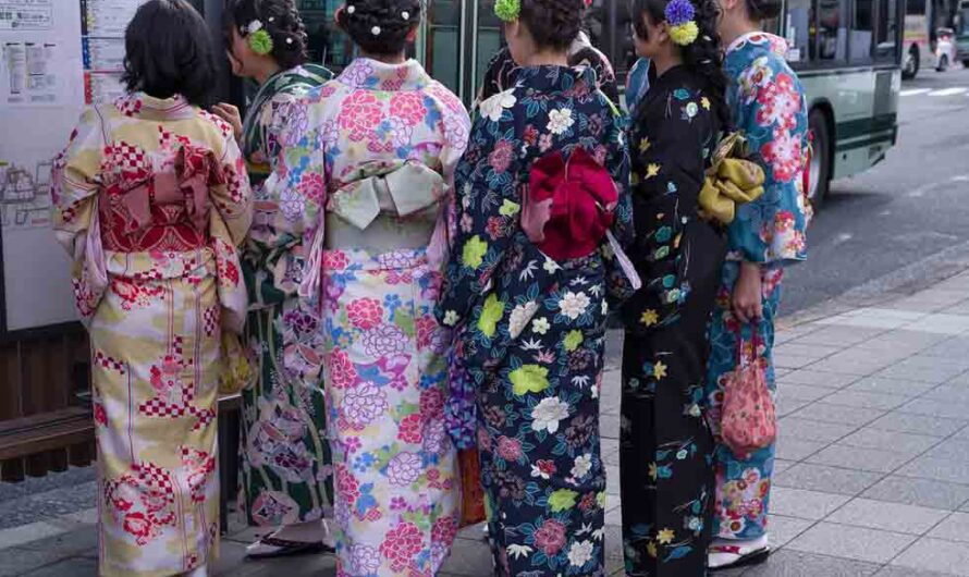 100 Cool Facts about Japan for Curious Learners