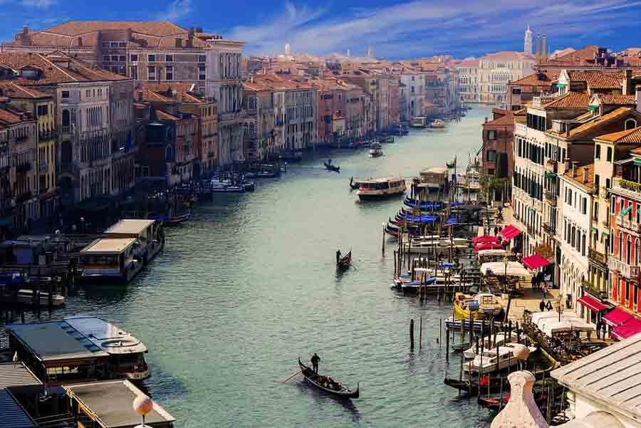 100 Venice, Italy Facts - Fun Facts about Venice - Country FAQ